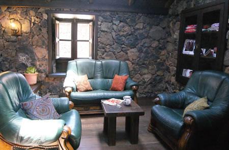 El salón de estar es el punto de reunión de los huéspedes.