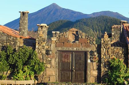 Entrada Hotel Rural Caserio Los Partidos.